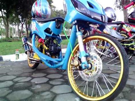 Jupiter Z Thailand Look Style by Racing Motorcycle Yamaha Mio Modifikasi Thai Look