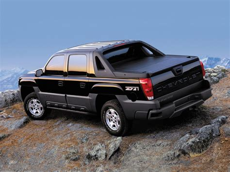 2019 Chevy Avalanche by 2019 Chevrolet Avalanche Review Changes Cabin Engine