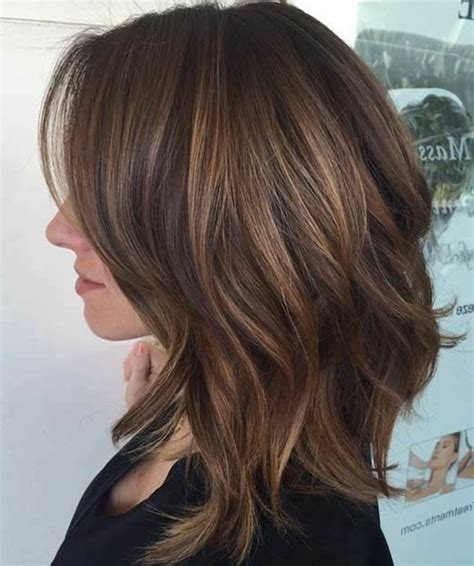 below shoulder layerd hair styles le carr 233 d 233 grad 233 85 photos pour trouver la meilleure