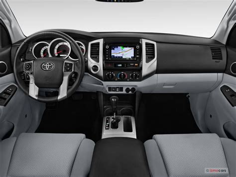 Toyota Tacoma Interior Dimensions by 2015 Toyota Tacoma Pictures Dashboard U S News World Report