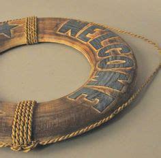 nautical decor wreath inspired by lunenburg nova scotia meer dan 1000 idee 235 n over reddingsboei op pinterest