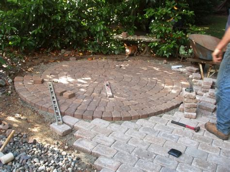 Cutting Patio Pavers Cascade Landscape And Design Cascadelandscapedesign