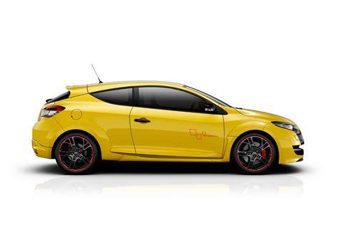 renault megane sport 2011 renault cars news megane rs 265 trophy