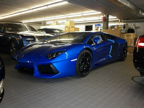 Navy Blue Lamborghini Ordering An Aventador But Need A Recommendation For A New