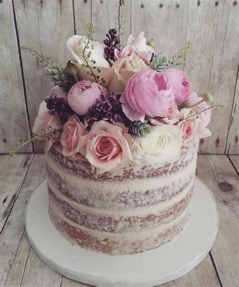 vintage cakes best 25 vintage cakes ideas on sin cake recipe vintage wedding cakes and pretty