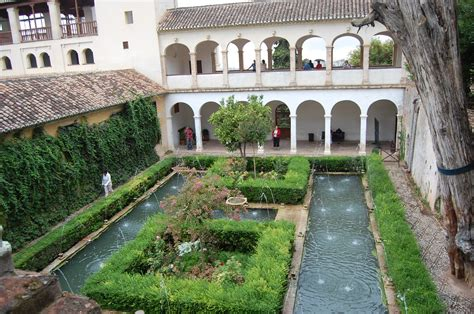 Apartment Courtyard by Alhambra Generalife Gardens At Granada Low Bandwidth