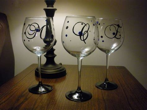 How To Decorate A Wine Glass by 32 Best Painted Glass Images On