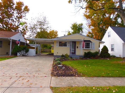 3 bedroom houses for rent in grove city ohio updated grove city home for rent 187 vip realty
