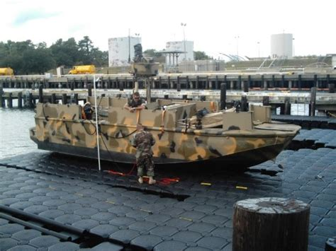 floating boat command jetdock delivers new docking systems to commander riverine