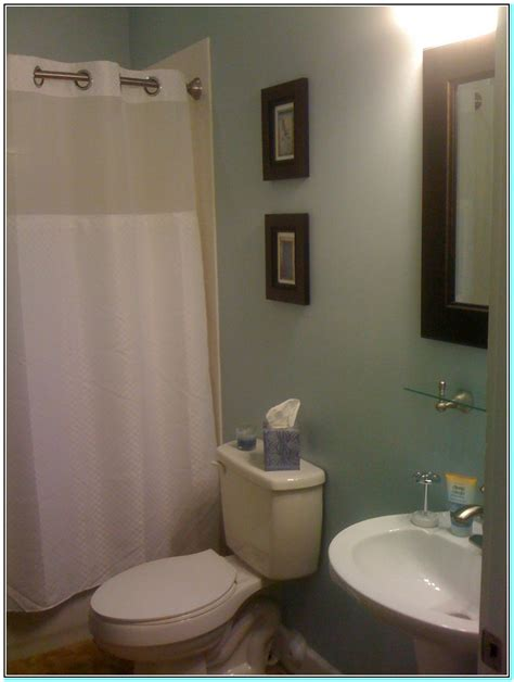 What Is A Color To Paint A Small Bathroom by Wall Paint Color For Small Bathroom Torahenfamilia