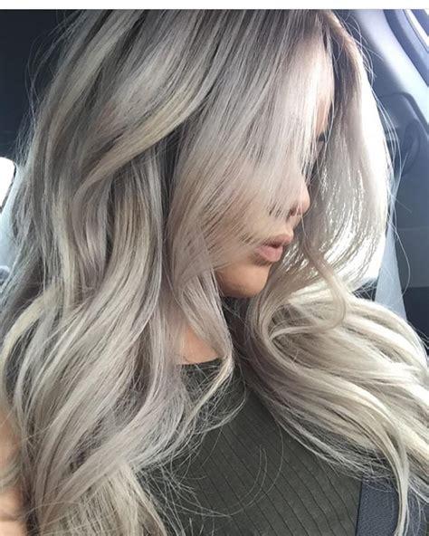 using pale ash blonde hair dye to transition to gray ash white blonde hair www amandamajor com delray