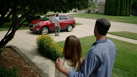 Chevrolet Onstar Chevy Offers Three Months Of Free Onstar Family Link In