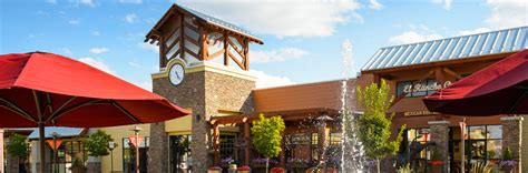 cascade village shopping center shopping dining in bend