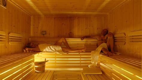 prima bagno turco o sauna centro benessere a ponte di legno adamello spa adamello