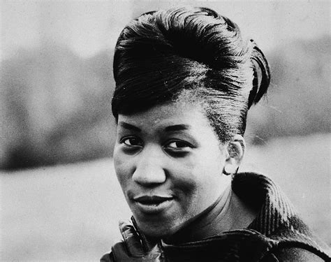 black hairstyles in the 60 s aretha franklin slide show 1960 1961 and galleries 1960