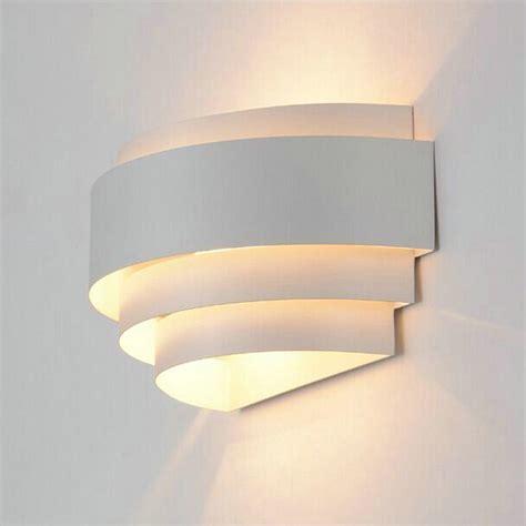 applique da parete per interni applique da parete moderni up l illuminazione per