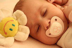baby zum schlafen bringen das baby zum einschlafen bringen wie kann baby schlafen