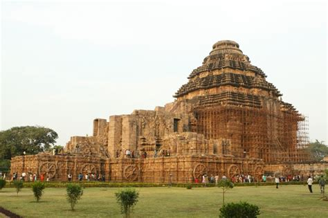 Konark Sun Temple Essay In by 5 Wonderful Unesco World Heritage In India Holidays Genius