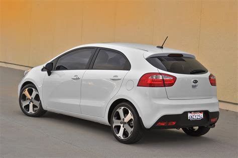 kia hatchback review the 2013 kia rio mixes utility with driving fun to