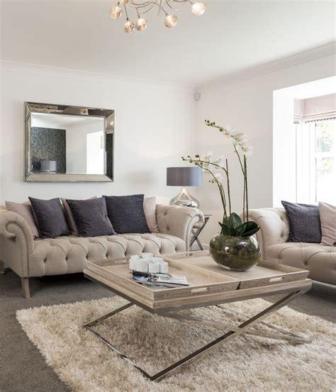 25  best ideas about Cream sofa on Pinterest   Cream sofa