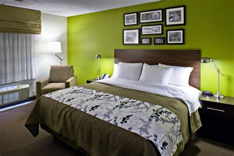 design to dream sleep inn sleep inn hotels get refreshed with new look and feel