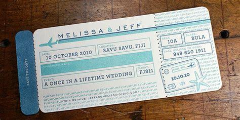 desain brosur tiket pesawat undangan unik pernikahan dengan bentuk tiket pesawat