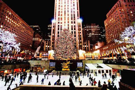 6 best christmas destinations in usa for celebration