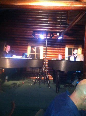 dueling pianos picture of karl s cabin plymouth