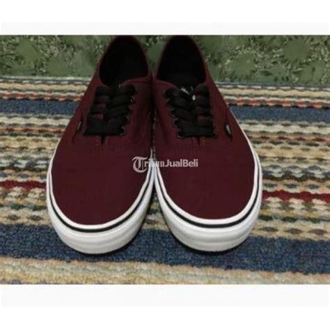 Sepatu Vans Merah Maroon Original sepatu vans pria wanita maroon port royale size 43