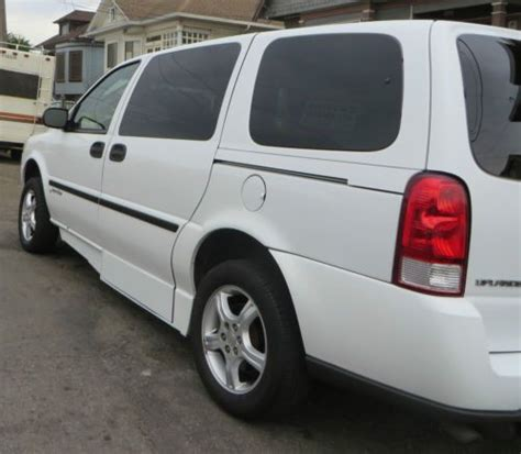 manual cars for sale 2007 chevrolet uplander navigation system sell used wheelchair accessible 2006 chevrolet uplander manual side fold out in el cerrito