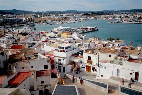 porto ibiza per formentera l isola di ibiza cosa vedere a eivissa tra tradizione e
