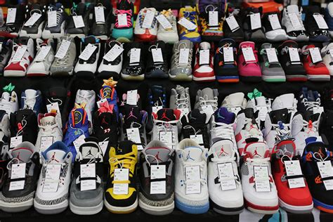 sneaker conventions image gallery sneaker con