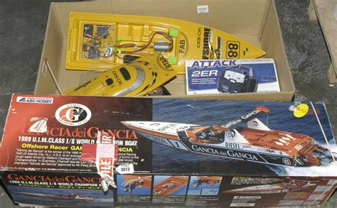 power boat auctions radio controlled power boats a pair vectis toy auctions