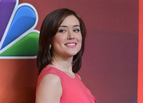 lizzie blacklist looks different who is megan boone the blacklist star went from guest
