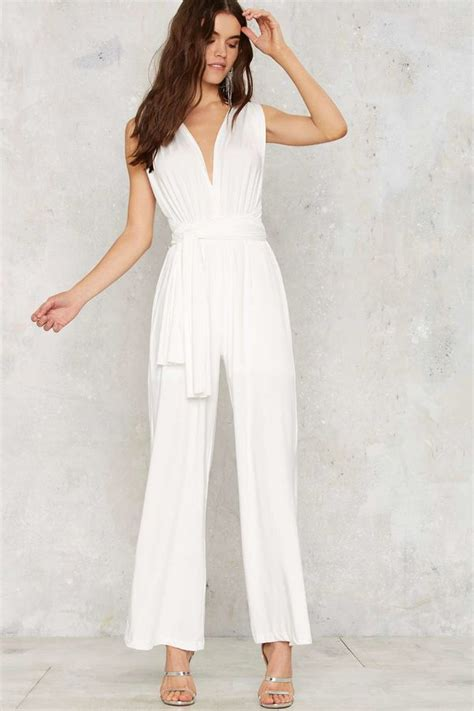Wedding Dress Jumpsuit by 10 Wedding Jumpsuits For The Modern Mywedding