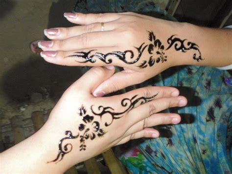 side of hand tattoos for women designs side of tattoos designs best design