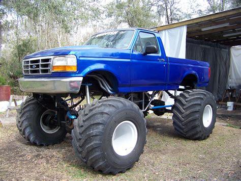 big monster trucks videos massive blue lifted ford monster f 150 truck ford f150