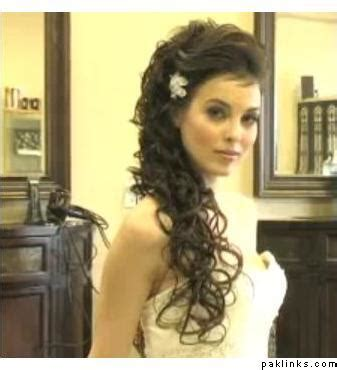 Curly Hairstyles To The Side For Wedding by Curly Side Ponytail Help Page 3 Wedding Central Forum