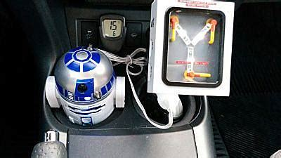 r2d2 car usb charger wars r2 d2 usb car charger thinkgeek