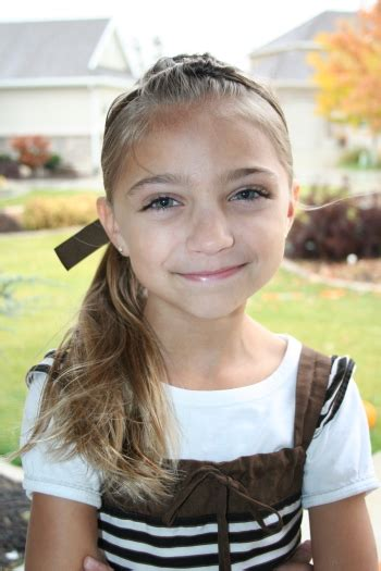 cute haircuts for tweens cute hairstyles tween knots into side ponytail cute