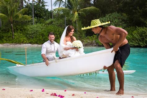 8 Pros And Cons Of A Destination Wedding by Pros And Cons Of A Destination Wedding Easy Weddings