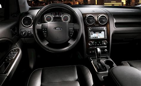 2009 Ford Taurus Interior by Car And Driver