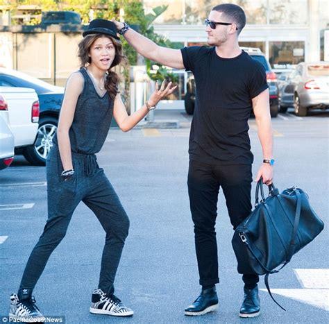 zendaya and her boyfriend 2015 2016 myfashiony zendaya joins former dwts partner valentin chmerkovskiy