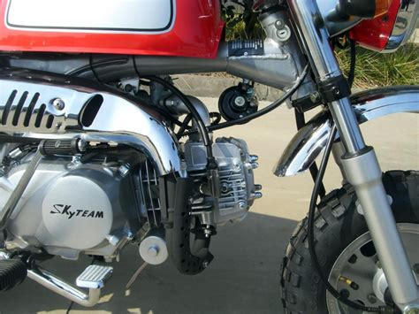 Motorrad 125 Ccm Ratenkauf by Skyteam St 125 8a 125ccm Gorilla Replikat Skyteam