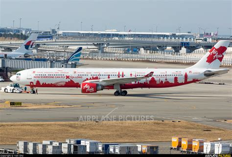 9m xxf airasia x airbus a330 300 at tokyo haneda intl 9m xaa airasia x airbus a330 300 at kansai intl photo