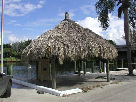 Chiki Hut Pin Bamboo Tiki Hut Bar 5 With Roof On