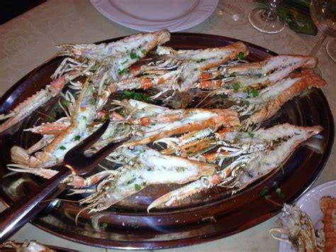 ristorante pesce pavia specialit 224 pesce pavia pv ristorante piedigrotta