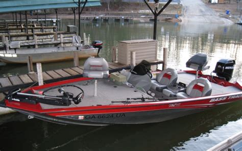 lake lanier boat rental with captain lake lanier boat rentals jump in today