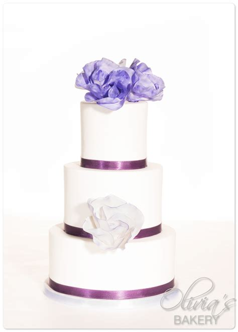 Cake Decorating Chesterfield by Quot Classic Quot Design In Purple Cakecentral