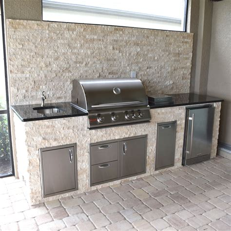 Travertine Tile Outdoor Kitchen by Rock Selections With Corners Outdoor Kitchens